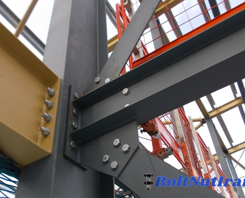 آشنایی با مزایای استفاده از اتصالات پیچ و مهره ای در سازه ها